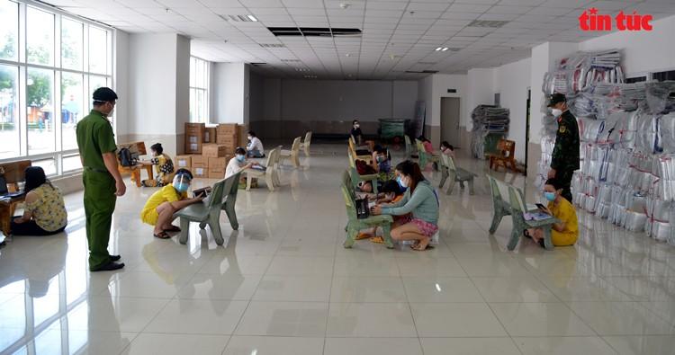 Lop hoc online 'da chien' o TP Ho Chi Minh