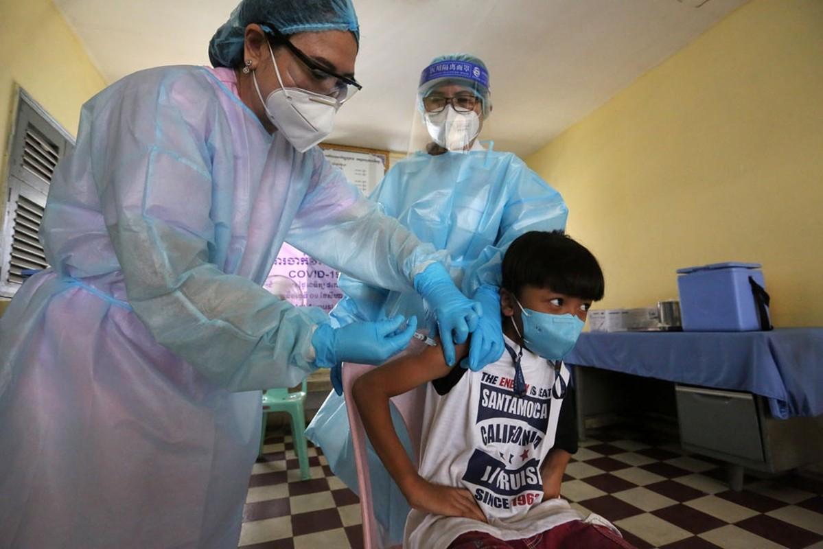 Nuoc Dong Nam A dau tien tiem vaccine Covid-19 cho tre em 6-12 tuoi-Hinh-10