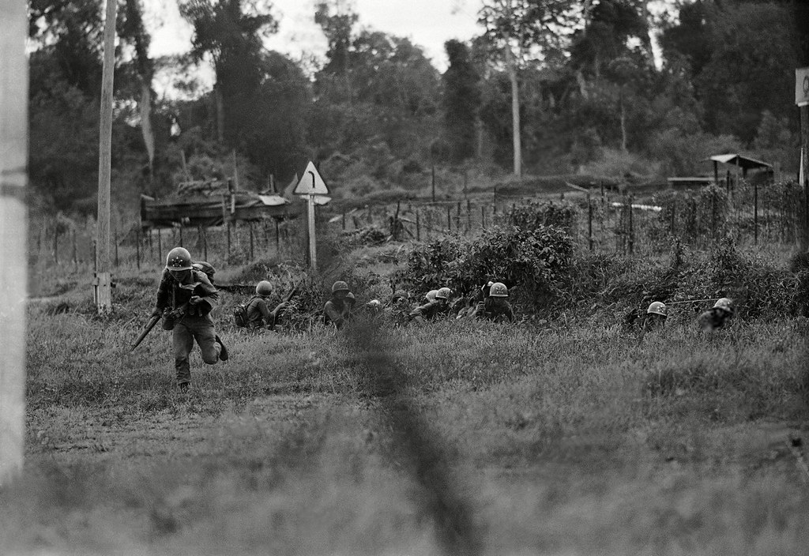 Dinh cao nghe thuat quan su cua Viet Nam trong tran Dong Xoai-Hinh-5