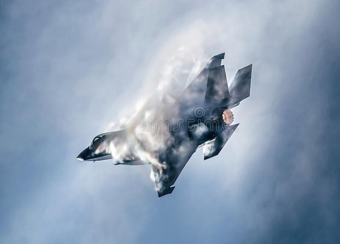 Dieu gi xay ra khi F-35 My va J-10 Trung Quoc xong vao hon chien?