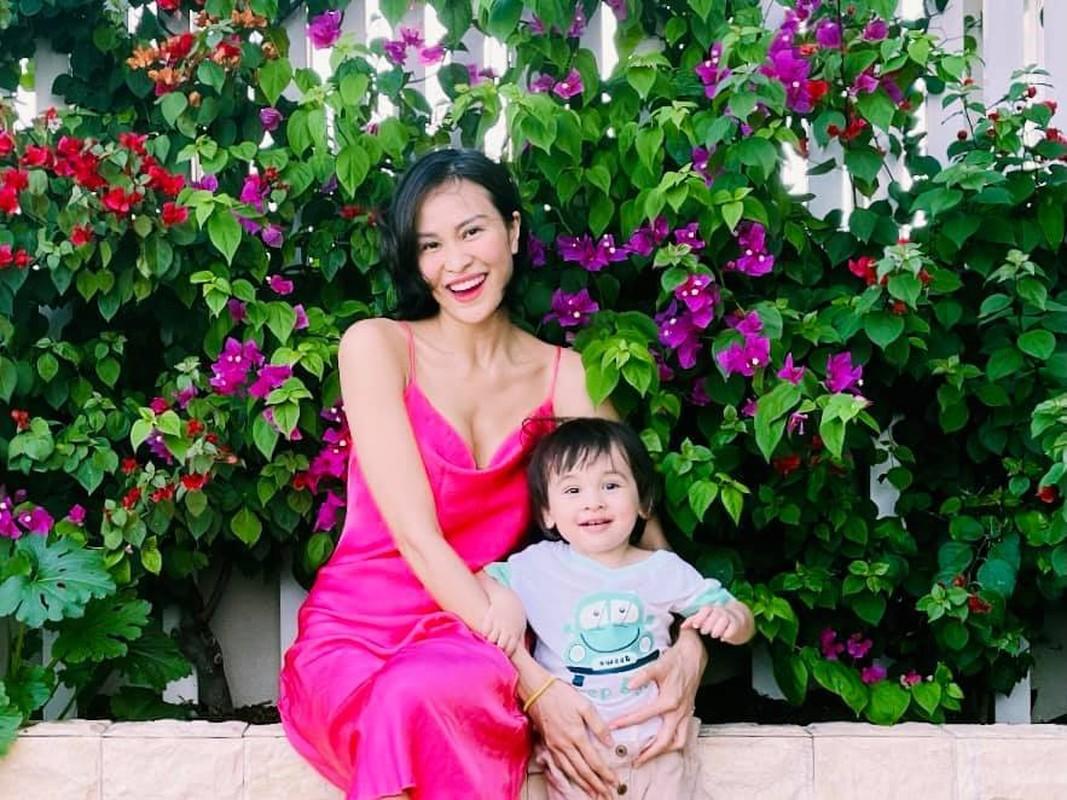 Ve dang yeu cua con trai MC Phuong Mai va chong Tay-Hinh-13