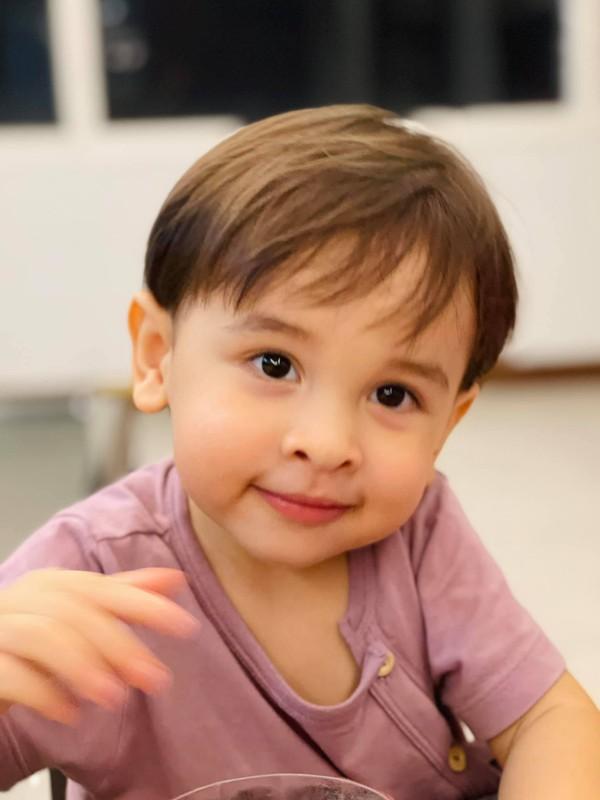 Ve dang yeu cua con trai MC Phuong Mai va chong Tay-Hinh-8