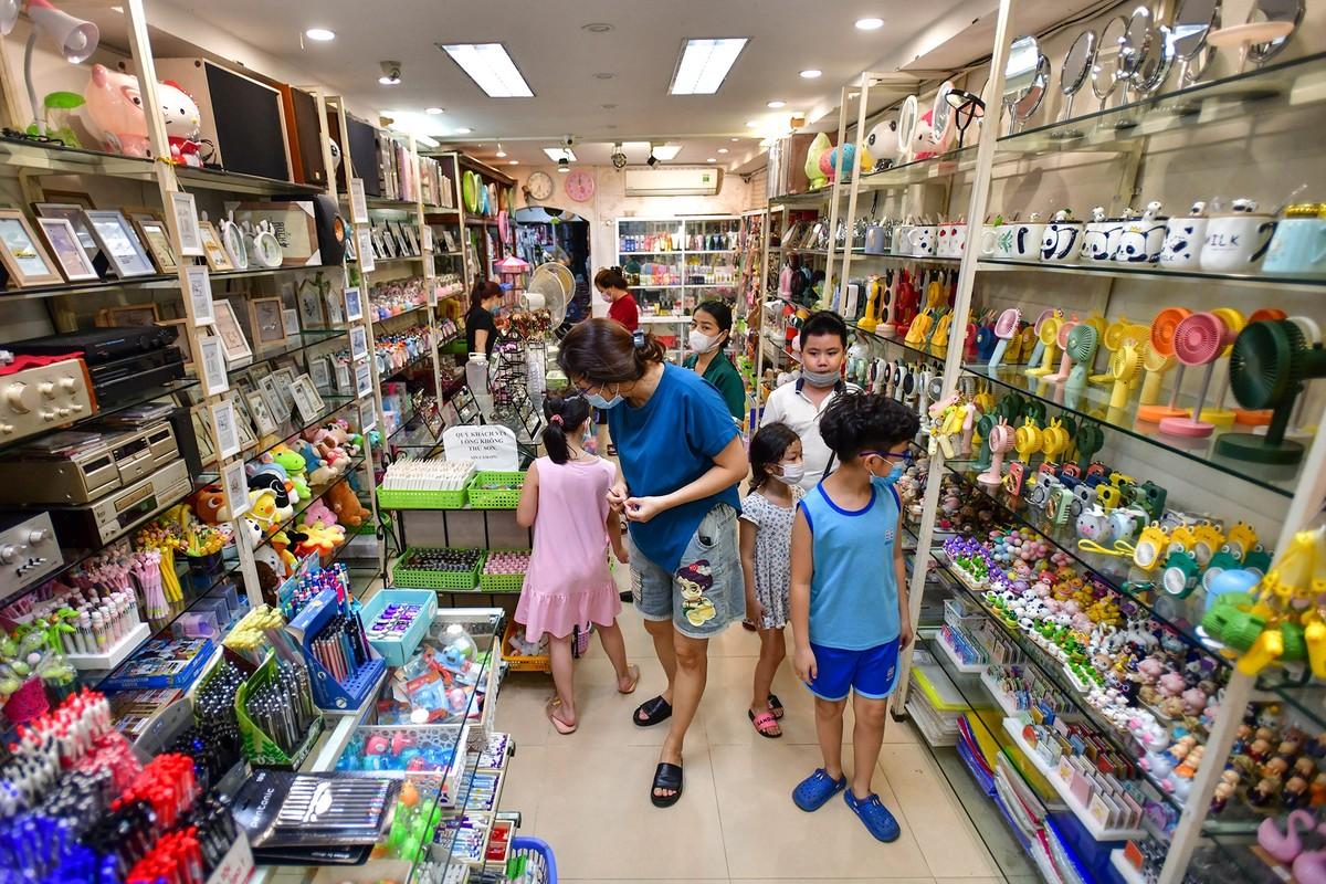 Dan Ha Noi do xo di mua do choi Trung thu bat chap COVID-19-Hinh-4