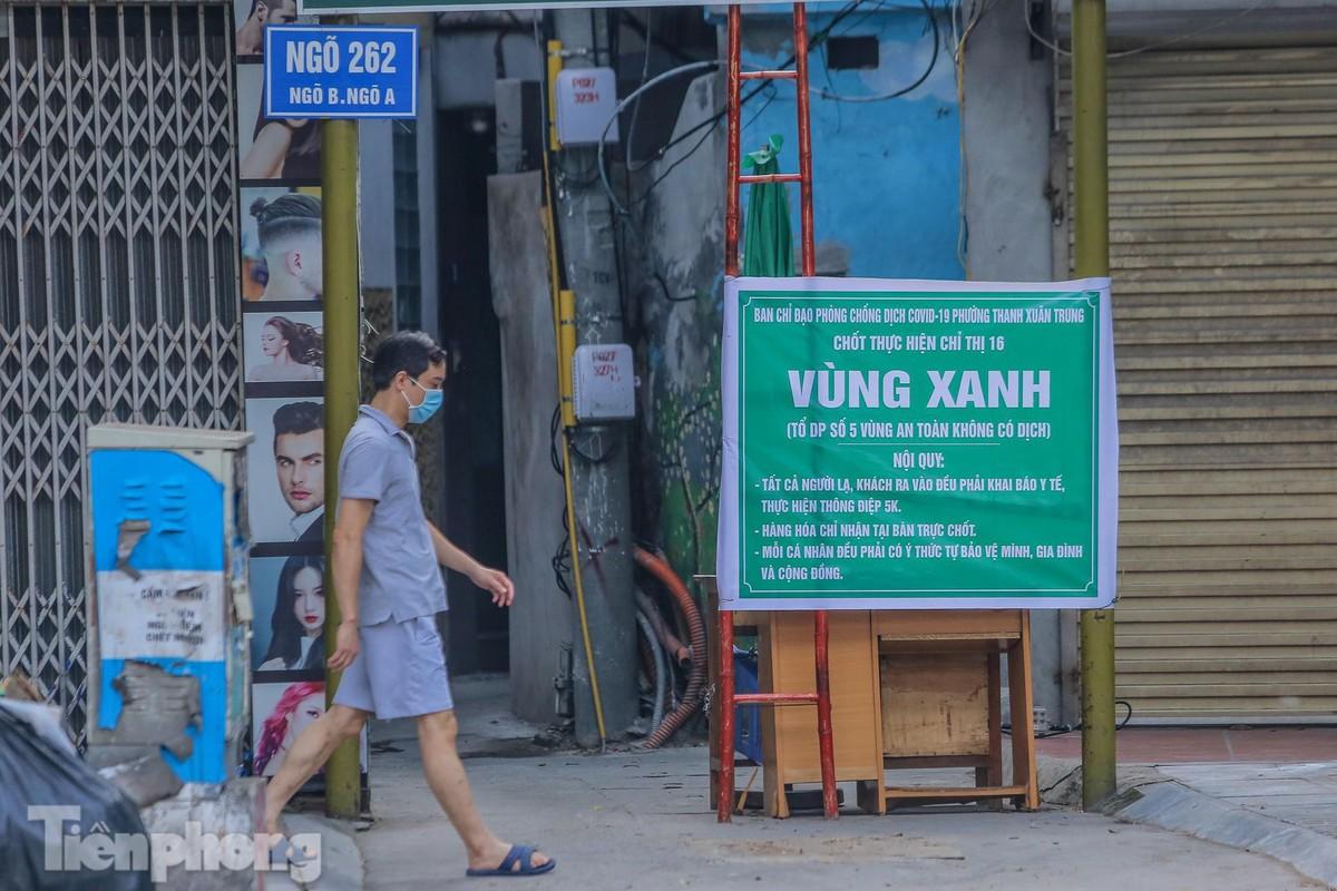 Nhin lai Ha Noi thay doi ra sao sau hon 50 ngay gian cach-Hinh-9