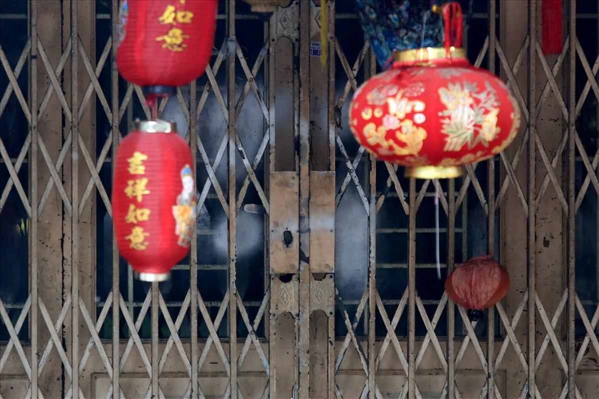 Pho long den lon nhat TPHCM diu hiu truoc Trung thu-Hinh-4