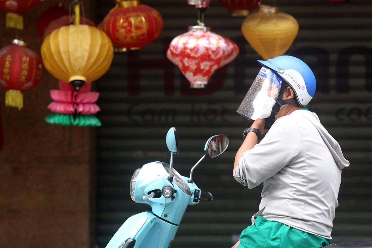 Pho long den lon nhat TPHCM diu hiu truoc Trung thu-Hinh-7
