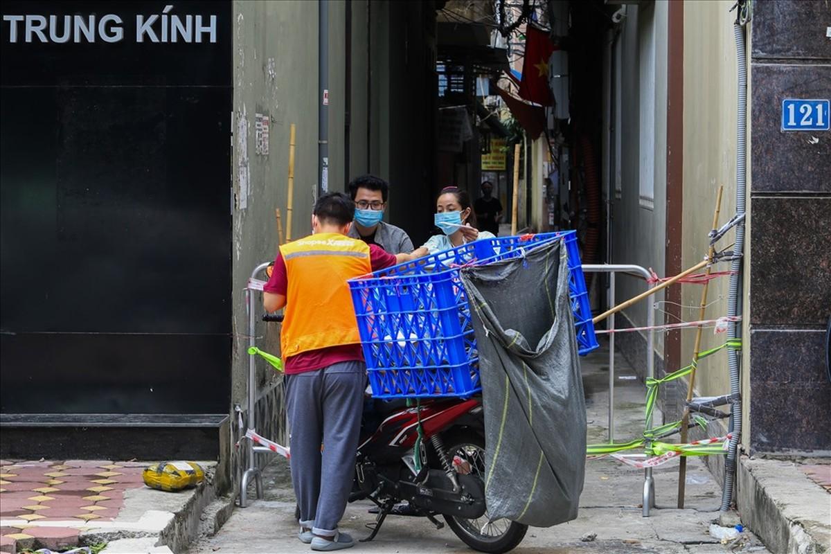 """Duong Ha Noi dong duc tro lai trong cac khu vuc """"vung xanh""""-Hinh-14"""