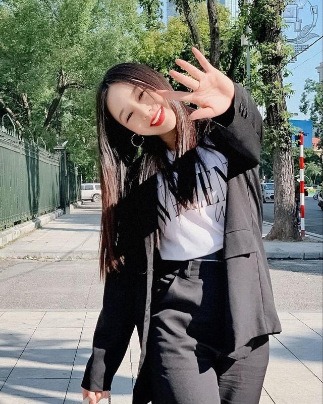 Truong Nam Thanh tinh tu ben vo dai gia hon 15 tuoi-Hinh-10