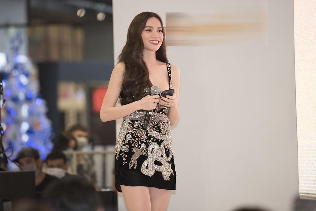 Ho Ngoc Ha dien vay ngan, quyen ru sau sinh ben Kim Ly-Hinh-6
