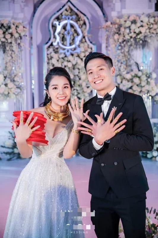 A hau Thuy An deo vang nang co van chua bang my nhan nay-Hinh-4