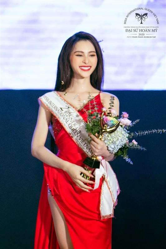 Phung Truong Tran Dai dang quang Dai su Hoan my 2020-Hinh-12