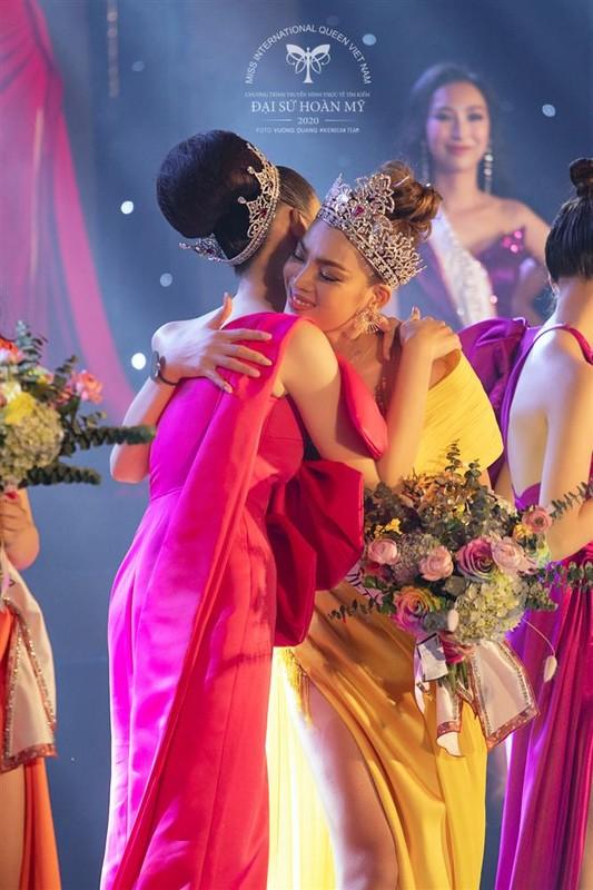 Phung Truong Tran Dai dang quang Dai su Hoan my 2020-Hinh-4