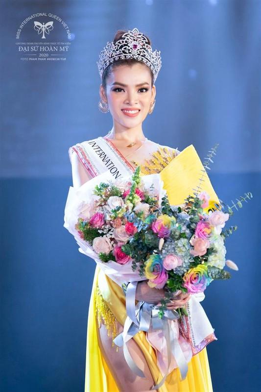 Phung Truong Tran Dai dang quang Dai su Hoan my 2020-Hinh-5