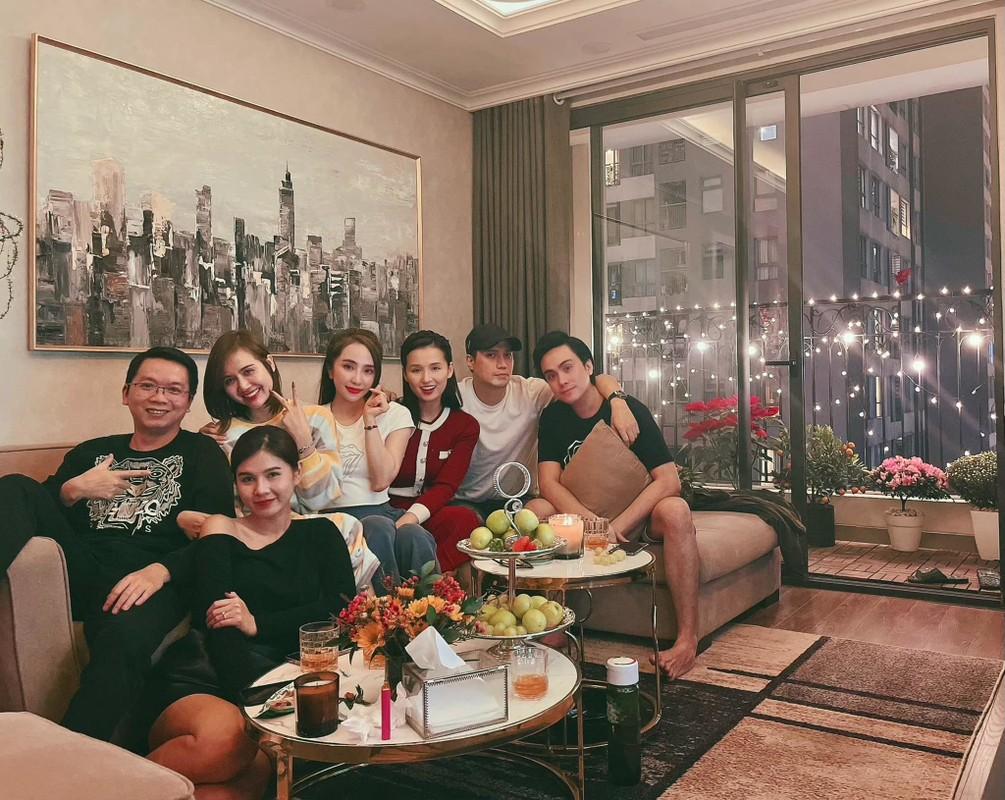 Chup anh cung Xuan Hinh, Chi Trung nhin ban gai dam duoi-Hinh-14