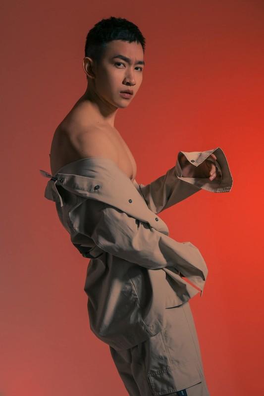 Nhan sac con gai 12 tuoi cao 1m59 cua Truong Ngoc Anh-Hinh-11