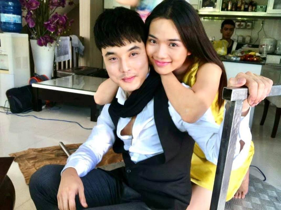 Nhan sac con gai 12 tuoi cao 1m59 cua Truong Ngoc Anh-Hinh-3