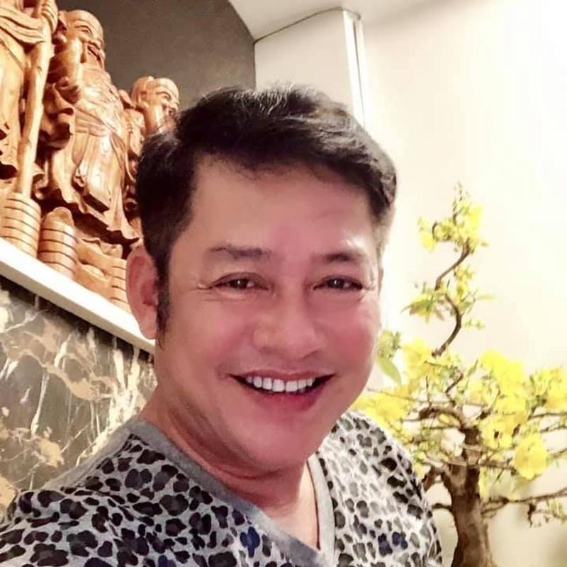 Hoang Thuy Linh tung anh goi cam dot mat voi vai tran, eo thon-Hinh-5