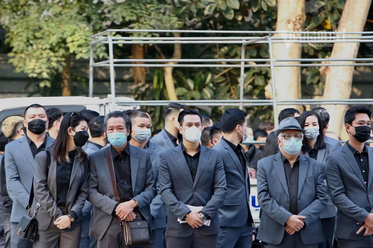 Viet Anh va dan sao den som vieng NSND Hoang Dung-Hinh-14