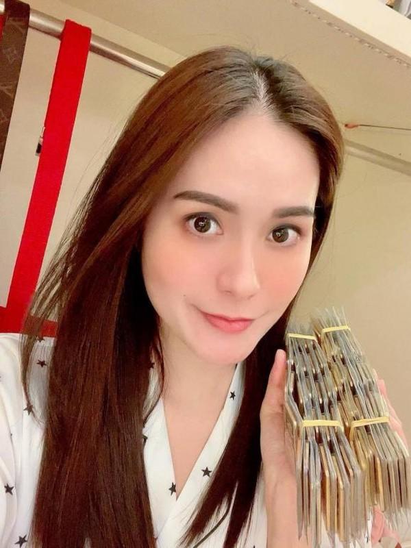 Sao Viet mua vang ngay via Than Tai: Di Bang mua 100 cay vang-Hinh-5