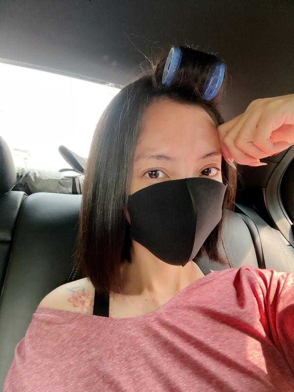 Chi Trung va ban gai kem 17 tuoi an yen khi o que-Hinh-6