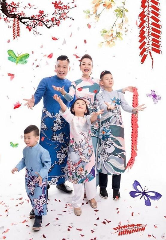Con trai cua Quang Dung - Jennifer Pham cao 1m72, chung chac o tuoi 13-Hinh-20