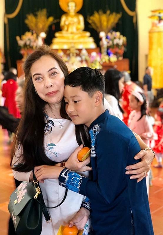 Con trai cua Quang Dung - Jennifer Pham cao 1m72, chung chac o tuoi 13-Hinh-3