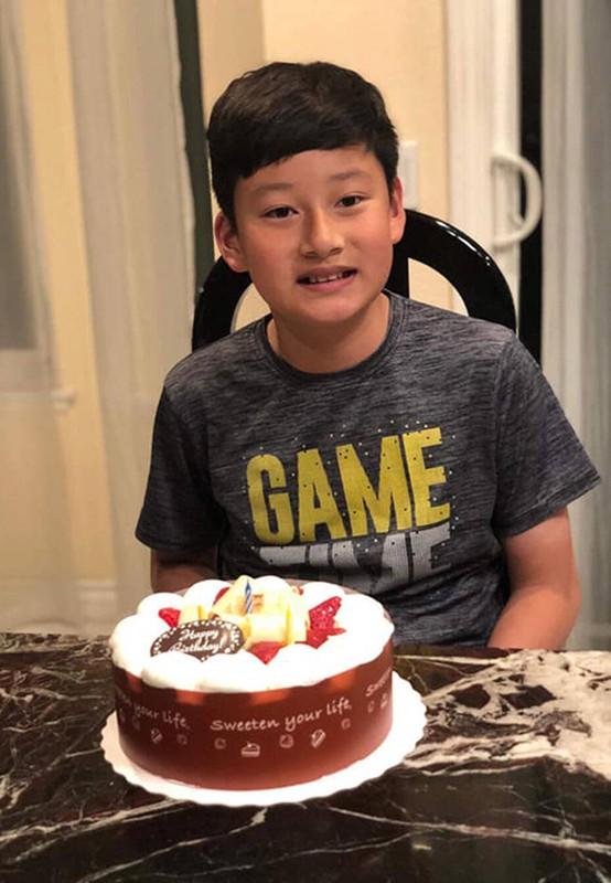 Con trai cua Quang Dung - Jennifer Pham cao 1m72, chung chac o tuoi 13-Hinh-9