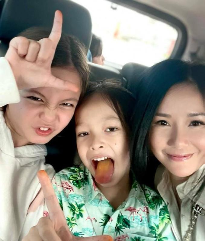 Viet Anh va vo cu hoi ngo mung sinh nhat con trai 5 tuoi-Hinh-5