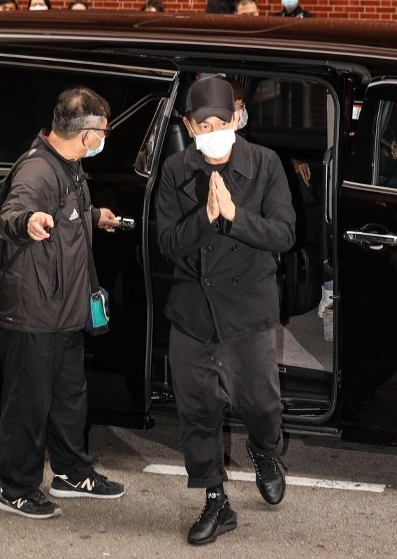 Chau Tinh Tri xuat hien trong le tang Ngo Manh Dat gay chu y-Hinh-5
