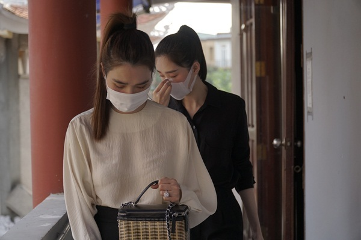 Dang Thu Thao, Dong Nhi tien biet chuyen gia trang diem Minh Loc-Hinh-3