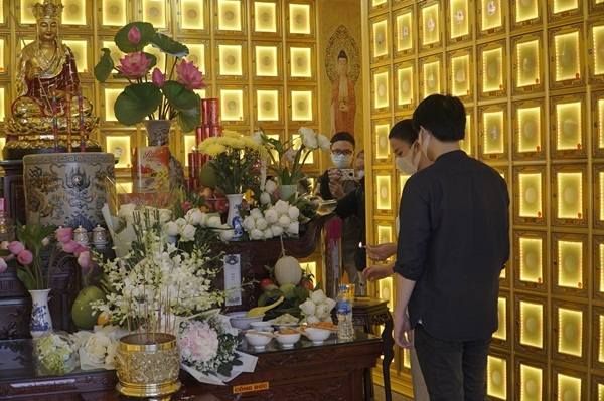 Dang Thu Thao, Dong Nhi tien biet chuyen gia trang diem Minh Loc-Hinh-7