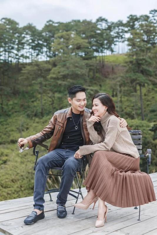 Minh Luan dua ban gai di choi cung gia dinh tai Da Lat-Hinh-7