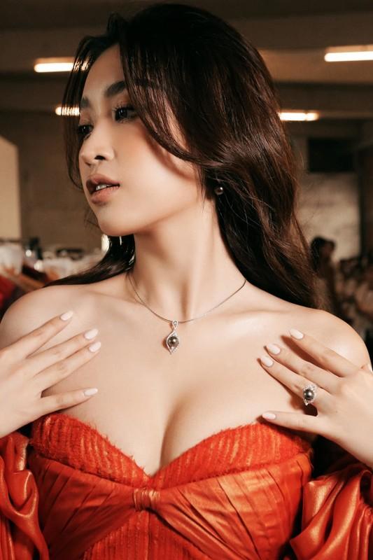 MC Thao Van khoe con trai 16 tuoi phong phao cao 1m70-Hinh-5