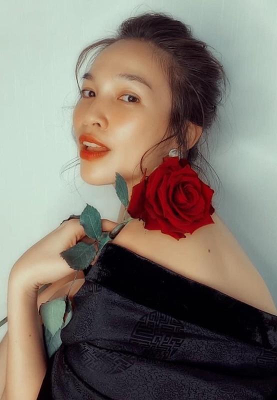 Bieu cam dang yeu cua cap song sinh nha Ho Ngoc Ha - Kim Ly-Hinh-12