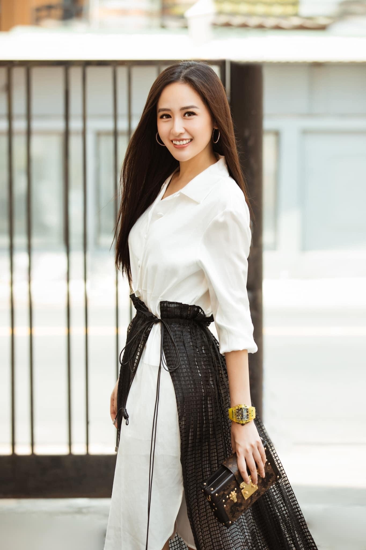 Nhan sac rang ro cua Mai Phuong Thuy o tuoi 33