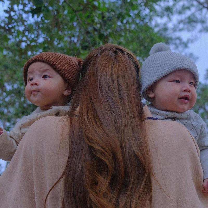 Ho Ngoc Ha muon
