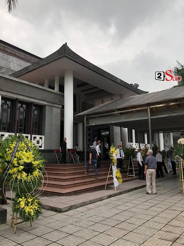 Xuan Bac toi vieng tang le me chong Viet Huong-Hinh-3