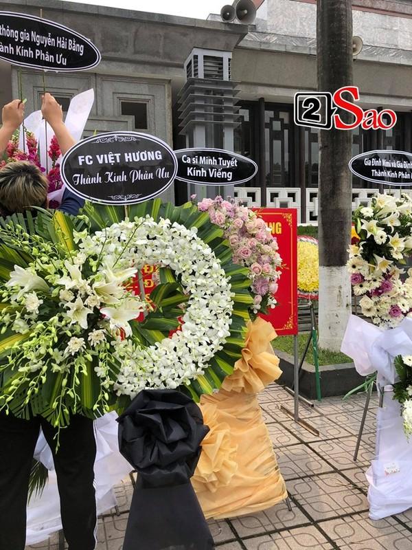 Xuan Bac toi vieng tang le me chong Viet Huong-Hinh-4