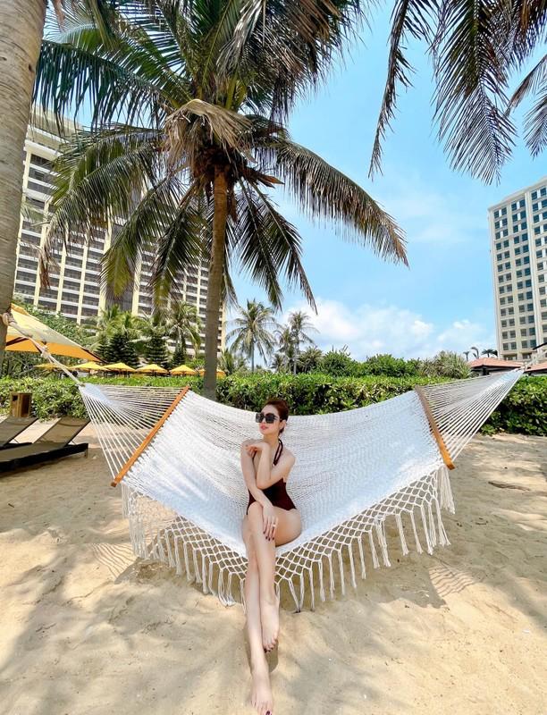 """""""Hoa hau bon con"""" Jennifer Pham xinh dep o tuoi 36-Hinh-2"""