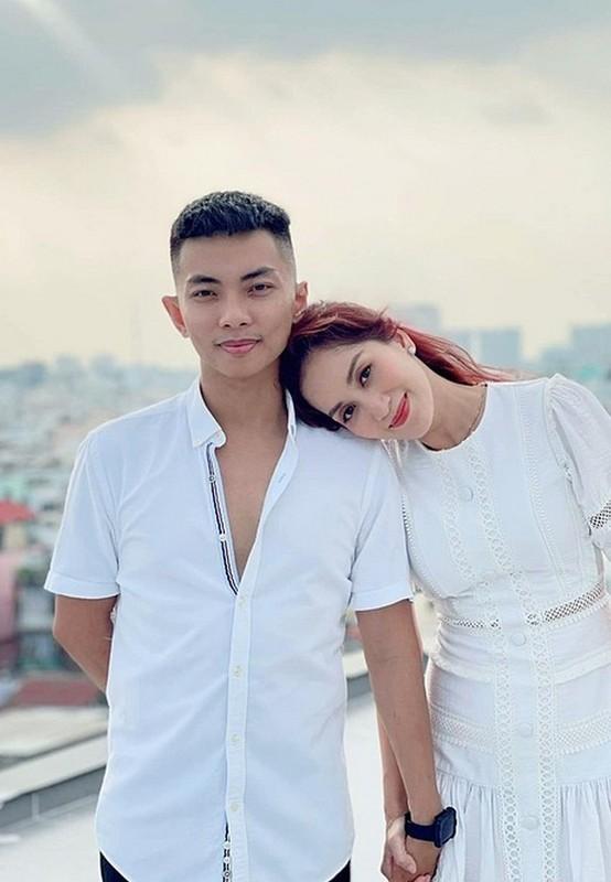 NSND Thu Ha, Van Dung than thiet hau truong