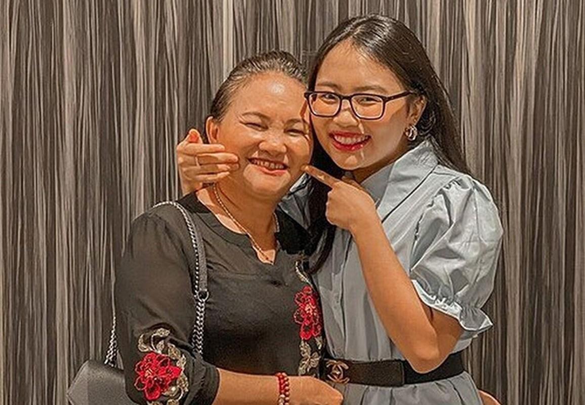 Con gai 13 tuoi cua Truong Ngoc Anh chan dai khong thua kem me-Hinh-4