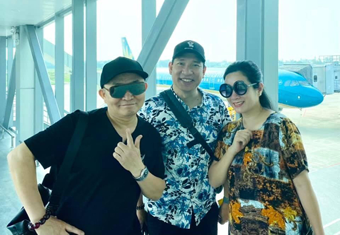 Ho Ngoc Ha - Kim Ly hanh phuc ben ba con trong ngay nghi le-Hinh-3