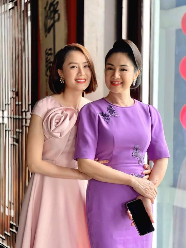 Hong Diem nhan gui loi yeu thuong toi NSND Thu Ha-Hinh-2