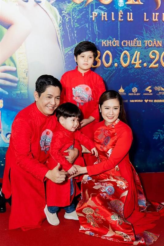 Ban trai tin don den ung ho Ngo Thanh Van ra mat phim moi-Hinh-12