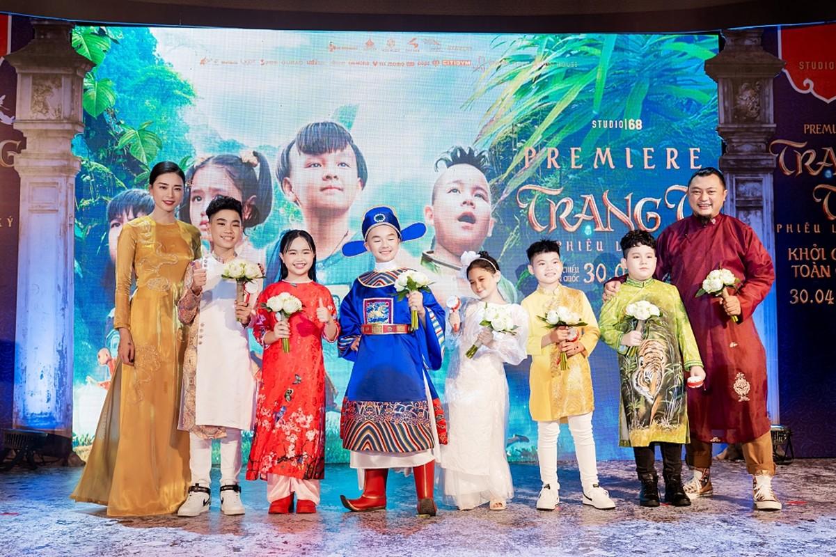 Ban trai tin don den ung ho Ngo Thanh Van ra mat phim moi