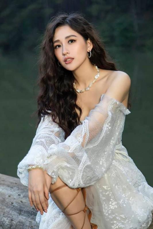 Hoa hau Mai Phuong Thuy dep kieu sa tua nu than-Hinh-2