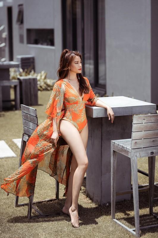 Truong Ngoc Anh khoe body nong bong o tuoi 44-Hinh-2