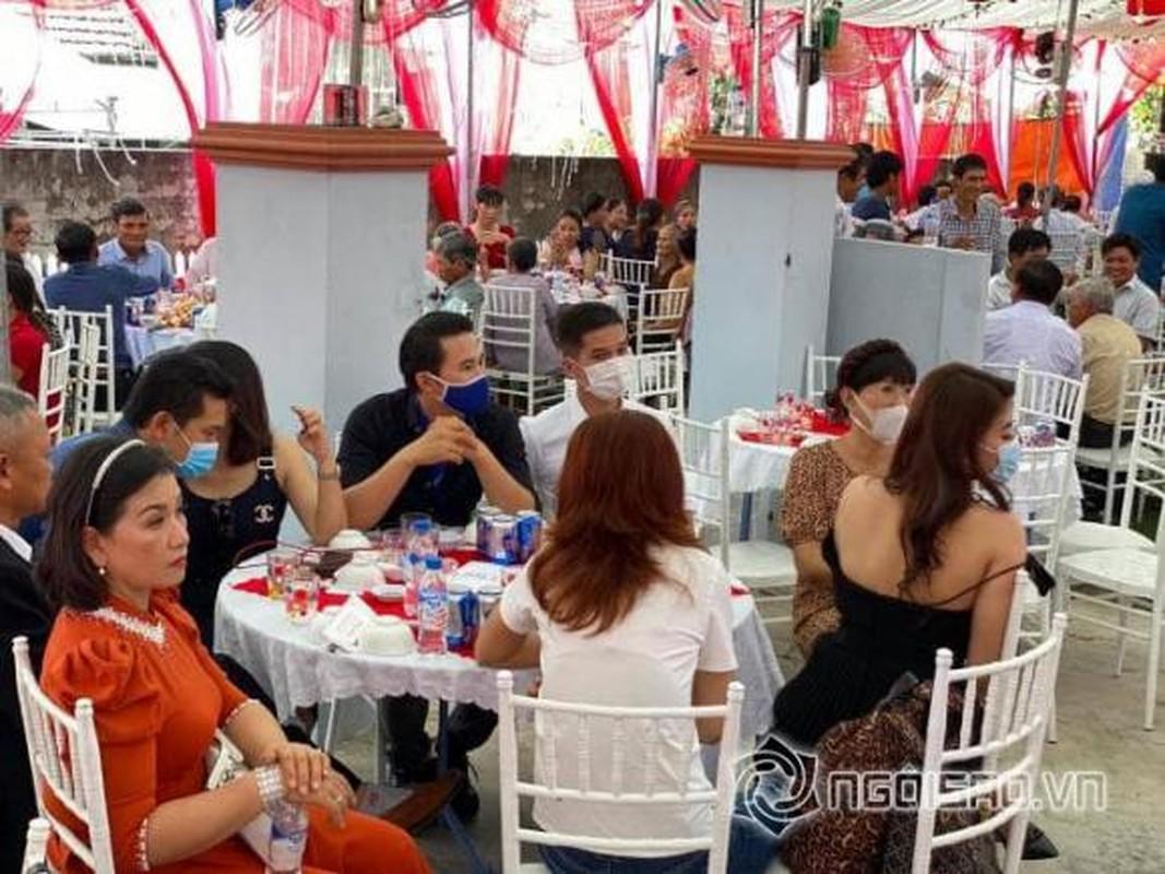 Ho Bich Tram deo vang triu co trong le cuoi o Quang Ngai-Hinh-11