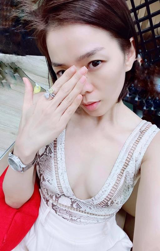 NSND Thu Ha xinh dep tre trung du hon MC Thuy Van 17 tuoi-Hinh-3