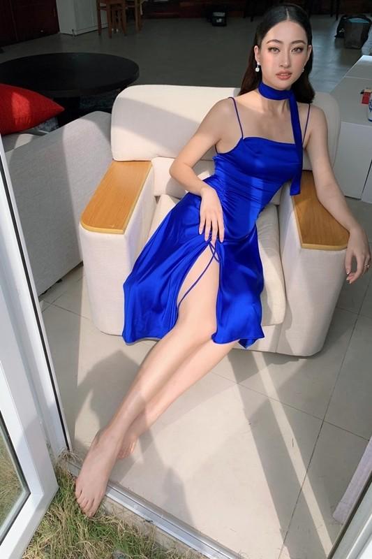 Luong Thuy Linh chan dai 1m22, dep hut hon o tuoi 21-Hinh-10